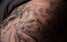 realistic zeus tattoo